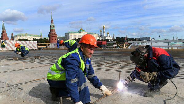 Ремонт Большого Каменного моста в Москве - Sputnik Тоҷикистон