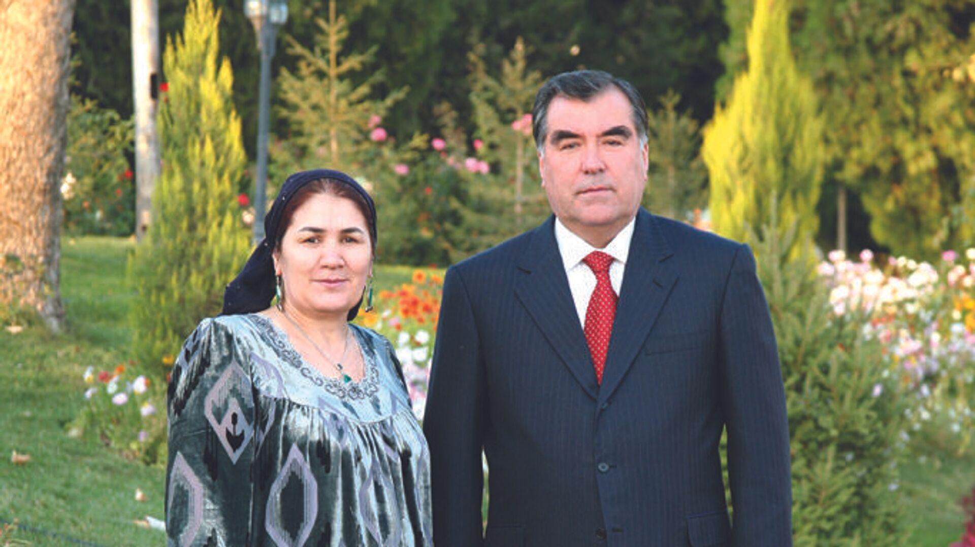 Президент Республики Таджикистан Эмомали Рахмон - Sputnik Тоҷикистон, 1920, 05.07.2021