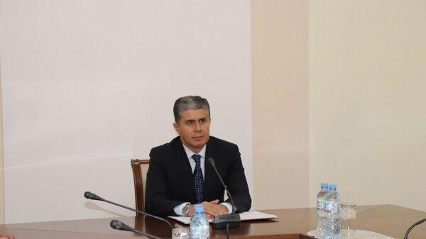 Министр экономического развития и торговли Таджикистана Завки Завкизода - Sputnik Тоҷикистон