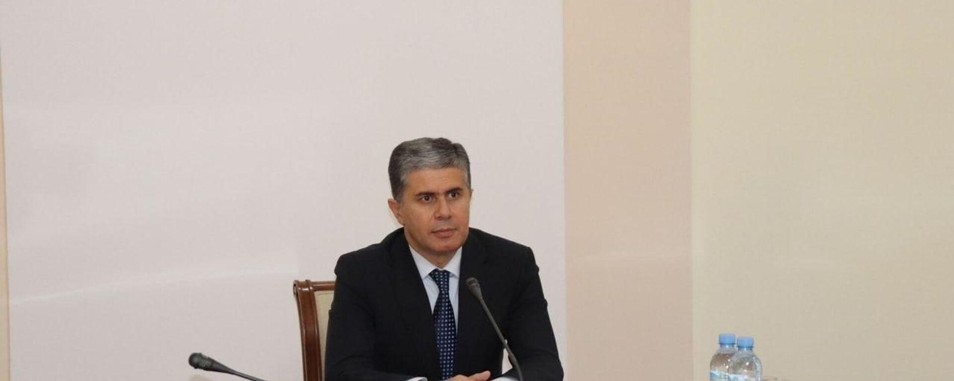 Министр экономического развития и торговли Таджикистана Завки Завкизода - Sputnik Тоҷикистон, 1920, 06.10.2021