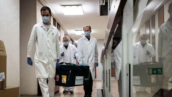 Российская вакцина от коронавируса Спутник V доставлена в Венгрию для клинических исследований - Sputnik Тоҷикистон
