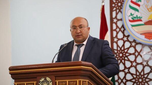 Баховаддин Баходурзода, исполняющий обязанности председателя города Исфара - Sputnik Тоҷикистон