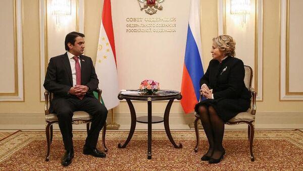 Переговоры Рустама Эмомали и Валентины Матвиенко в Москве - YouTube - Sputnik Таджикистан