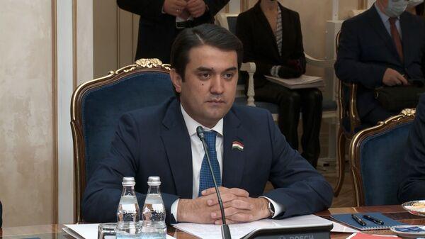 Глава парламента Таджикистана Рустам Эмомали - Sputnik Таджикистан
