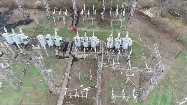 Восстановление электроснабжения в Степанакерте - YouTube - Sputnik Таджикистан