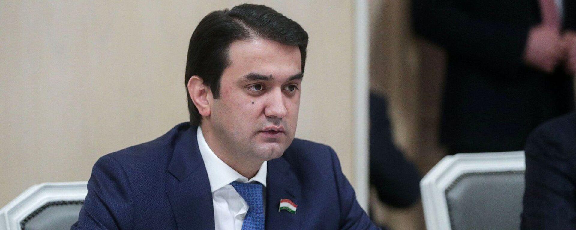 Глава парламента Таджикистана Рустам Эмомали - Sputnik Тоҷикистон, 1920, 04.02.2021