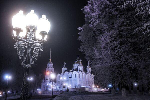 Россия получила звание World's Leading Cultural Destination 2020. На фото - Успенский собор во Владимире - Sputnik Таджикистан