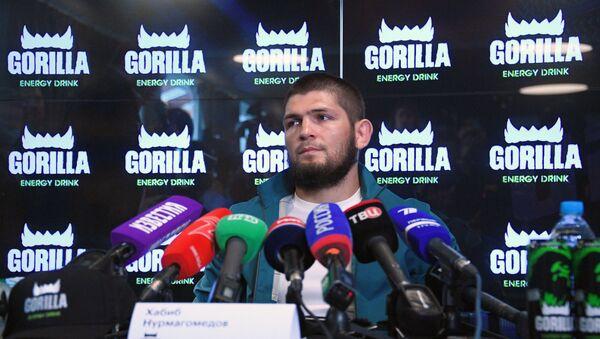 Пресс-конференция чемпиона UFC Х. Нурмагомедова  - Sputnik Таджикистан