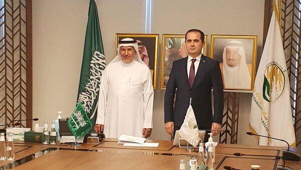 Посол Таджикистана в Королевстве Саудовская Аравия Акрам Карими встретился с Абдуллой бин Абдель Азиз Аль-Рабиа - Sputnik Тоҷикистон
