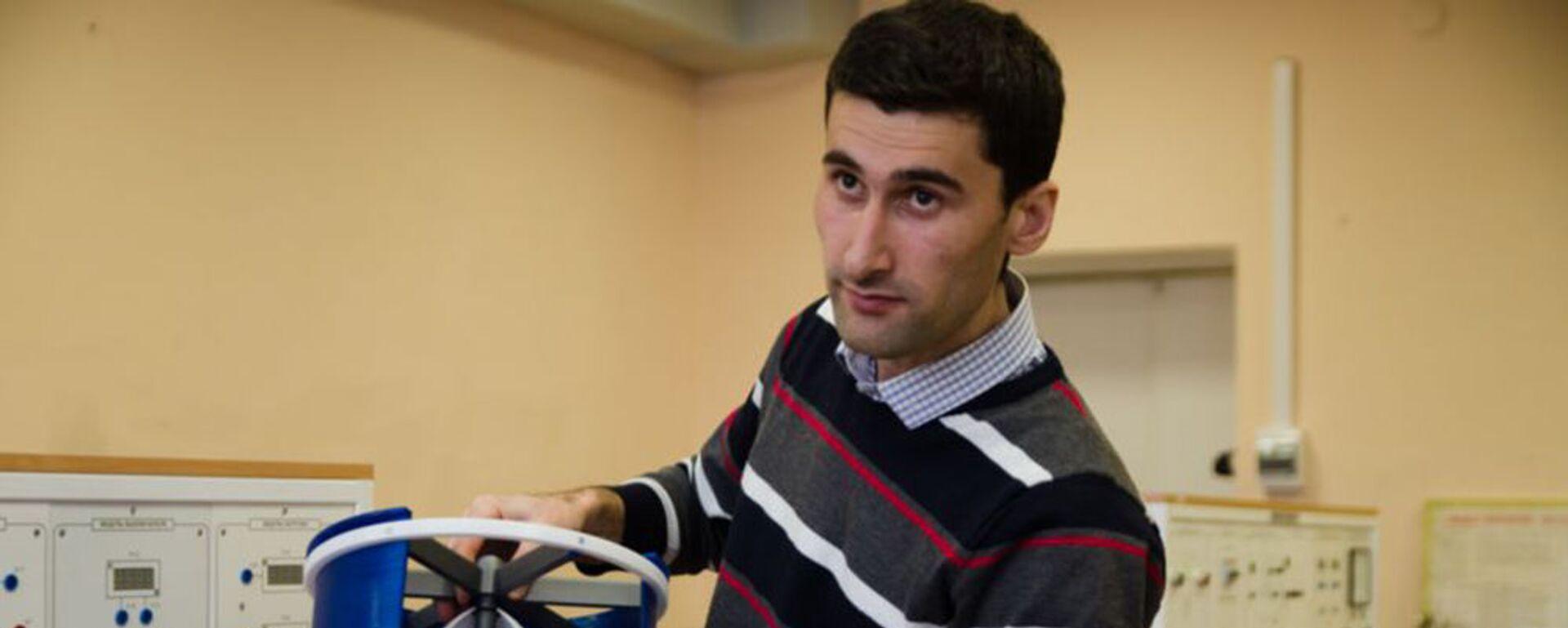Дилшод Аминов, аспирант из Таджикистана разработал проект мини-ГЭС - Sputnik Таджикистан, 1920, 08.12.2020