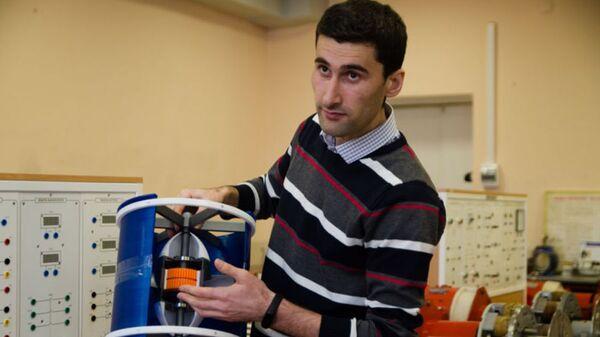 Дилшод Аминов, аспирант из Таджикистана разработал проект мини-ГЭС - Sputnik Тоҷикистон