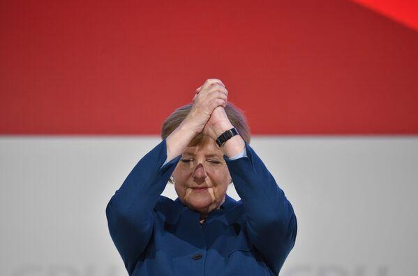 Канцлер Германии Ангела Меркель  - Sputnik Таджикистан