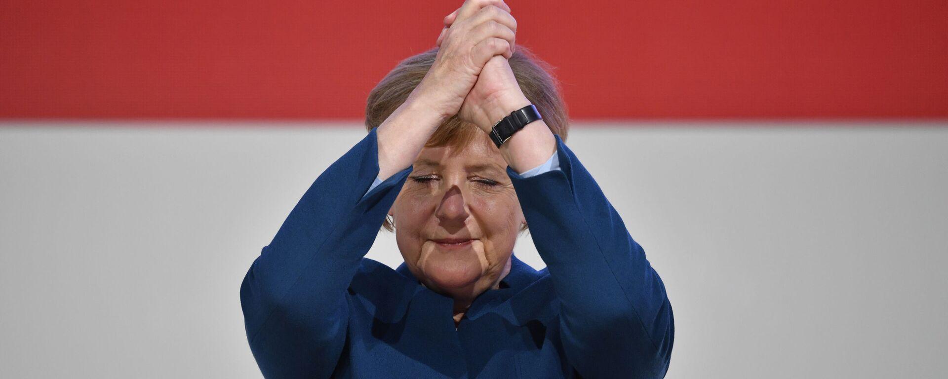 Канцлер Германии Ангела Меркель  - Sputnik Таджикистан, 1920, 06.04.2021