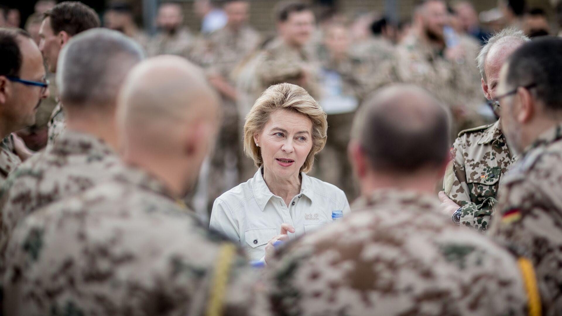 Министр обороны Германии Урсула фон дер Ляйен, 2018 год  - Sputnik Таджикистан, 1920, 18.09.2021