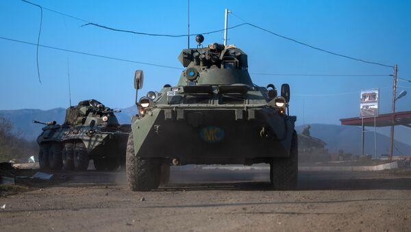 Бронетранспортеры БТР-82А российских миротворческих сил - Sputnik Таджикистан