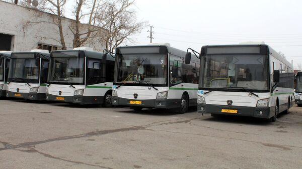 Автобусы в городе Худжанд - Sputnik Тоҷикистон