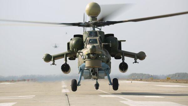 Учебно-тренировочные полеты экипажей армейской авиации ЮВО - Sputnik Таджикистан