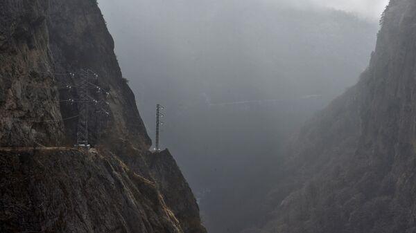 Туман в горах, архивное фото - Sputnik Тоҷикистон