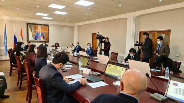 В Таджикистане при поддержке РФ запущен проект ООН по преодолению последствий пандемии - Sputnik Таджикистан