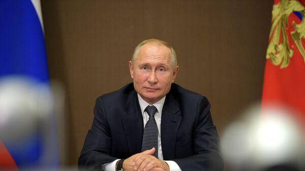 Президент РФ В. Путин встретился с президентом Молдавии И. Додоном - Sputnik Тоҷикистон