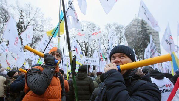 Акция против карантинных мер на Украине - Sputnik Таджикистан
