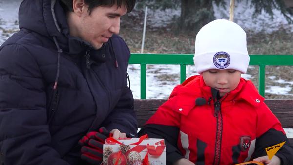 Как семилетний школьник из Бишкека привлек внимание Кремля - Sputnik Тоҷикистон