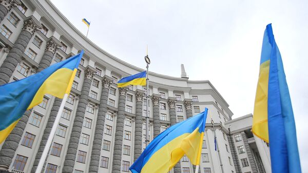 Здание правительства Украины в Киеве. - Sputnik Таджикистан