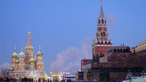Красная площадь в сумерках, архивное фото - Sputnik Таджикистан