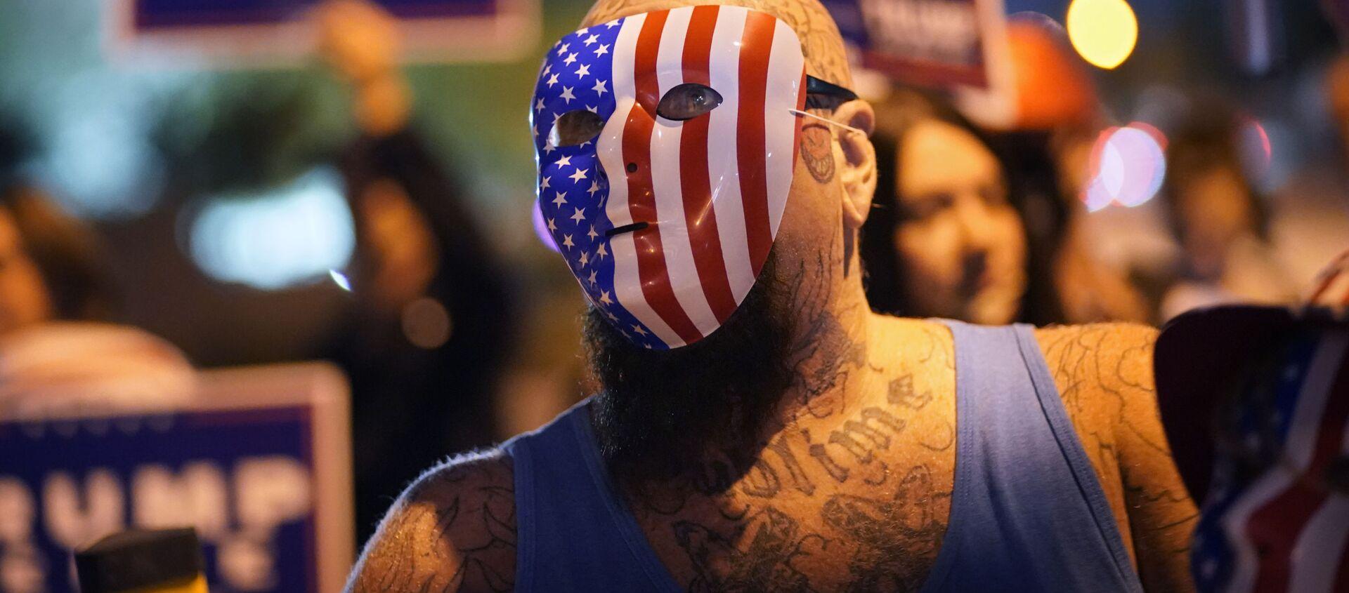 Сторонники президента Дональда Трампа протестуют против результатов выборов, Лас-Вегас - Sputnik Таджикистан, 1920, 12.01.2021