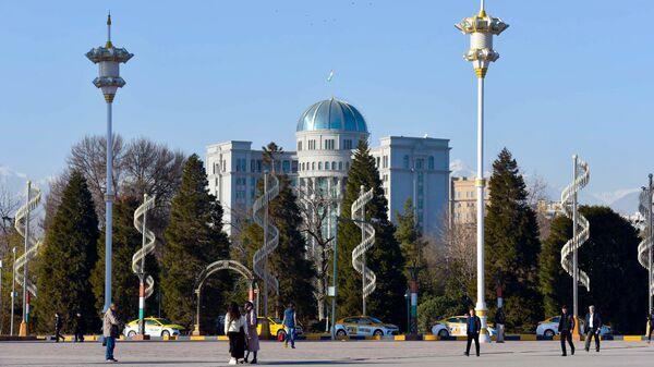 Здание Хукумата в Таджикистане - Sputnik Тоҷикистон