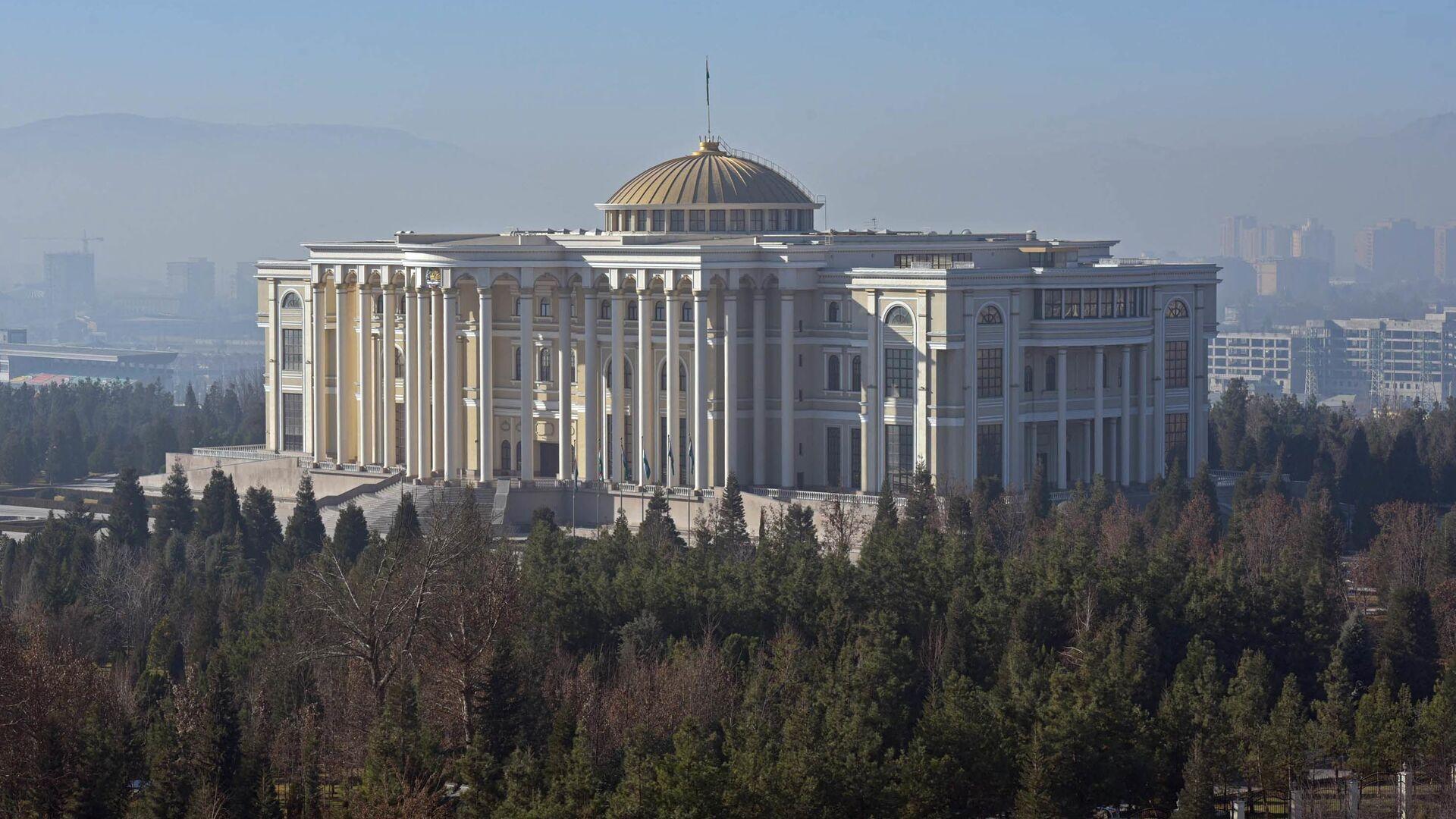 Дворец нации в городе Душанбе - Sputnik Таджикистан, 1920, 04.02.2021