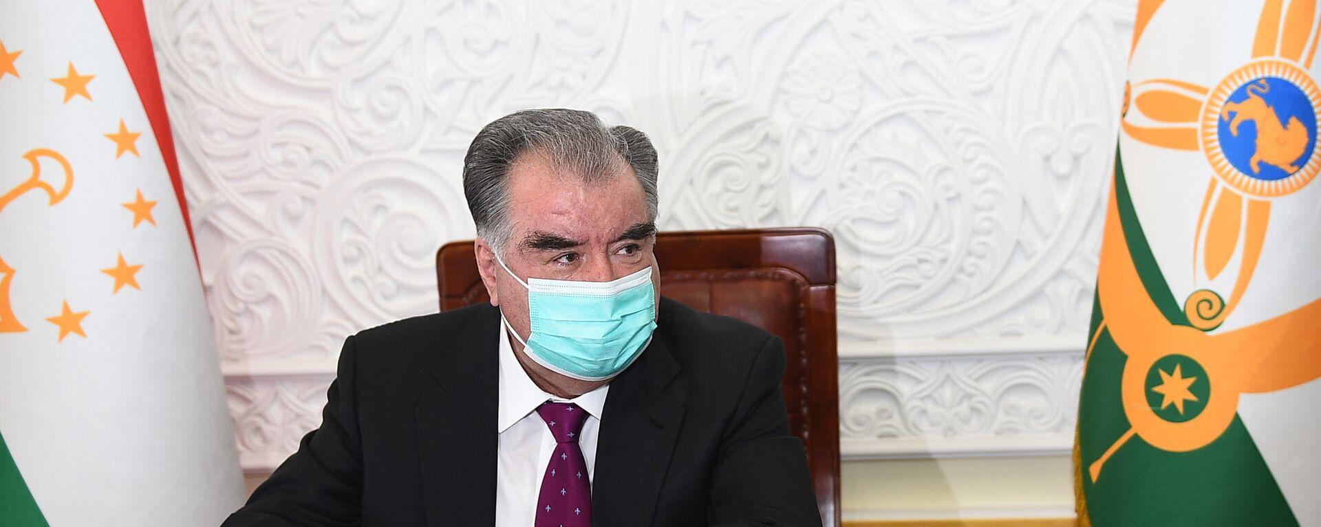 Президент Республики Таджикистан Эмомали Рахмон - Sputnik Тоҷикистон, 1920, 26.04.2021