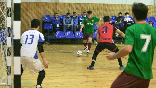 Первый игровой день турнира по мини-футболу среди команд РОО НУР - Sputnik Таджикистан