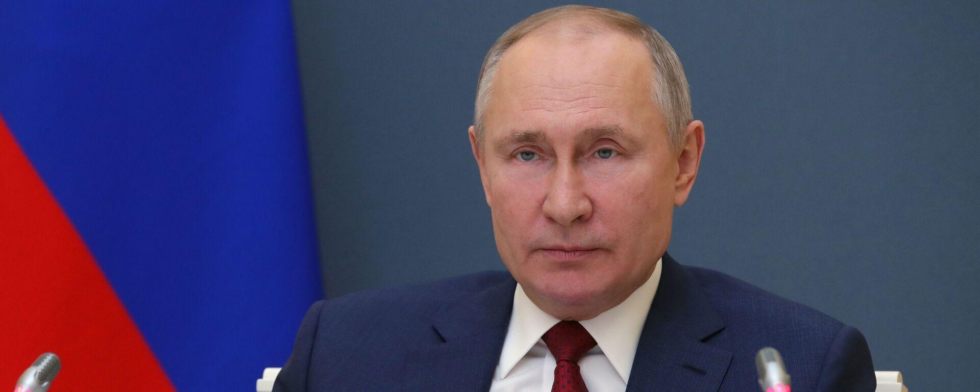 Президент РФ В. Путин выступил на сессии онлайн-форума Давосская повестка дня 2021 - Sputnik Таджикистан, 1920, 10.06.2021