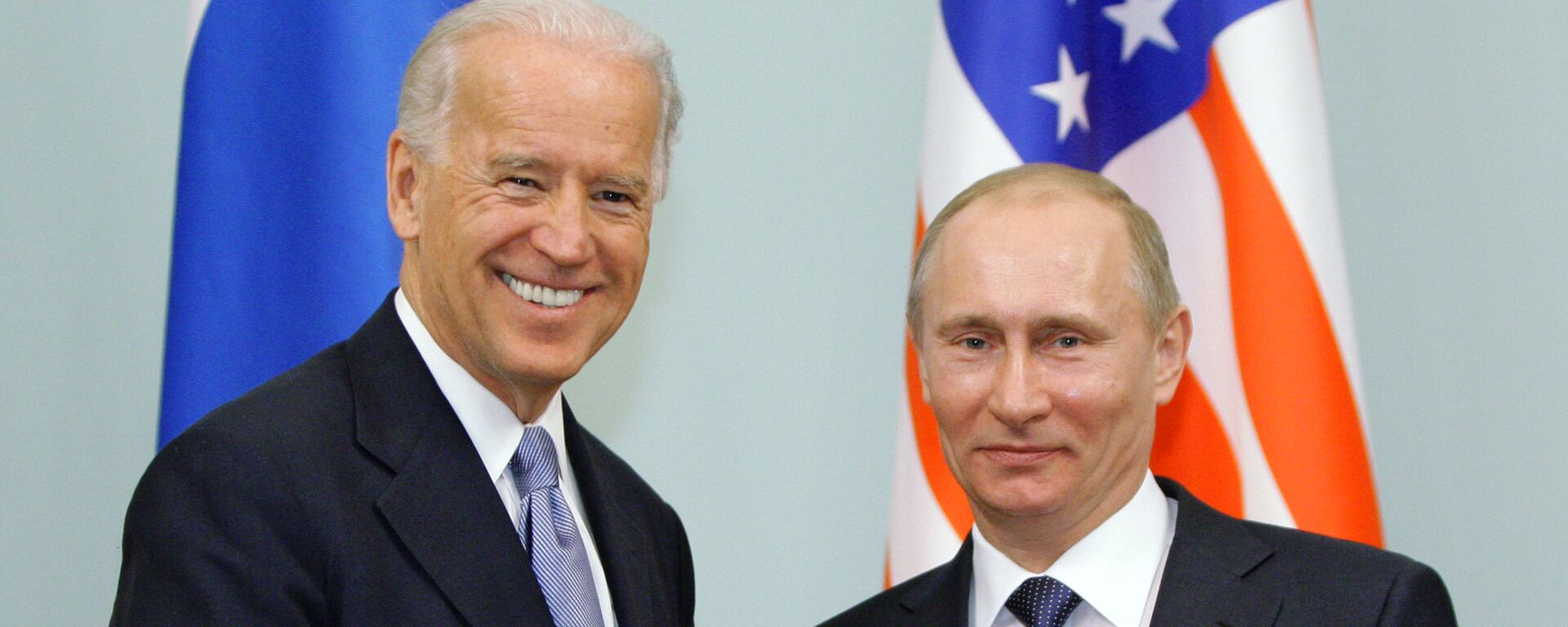 Президент РФ Владимир Путин и президент США Джо Байден - Sputnik Тоҷикистон, 1920, 14.04.2021