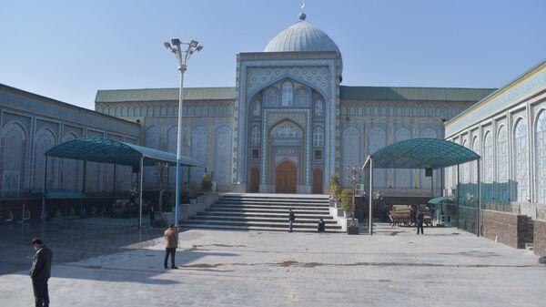 Открытие мечетей в Таджикистане - Sputnik Тоҷикистон