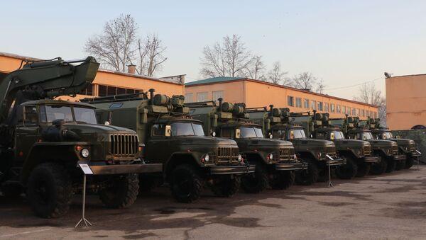 Таджикистан получил российские боевые машины - Sputnik Таджикистан