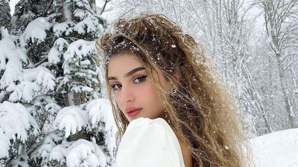 Блогер родом из Таджикистана Дина Саева - Sputnik Тоҷикистон