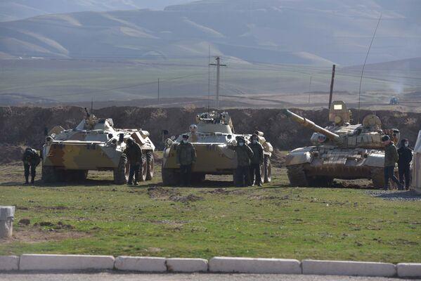 Тренировки проводились при максимальные дальности - Sputnik Таджикистан