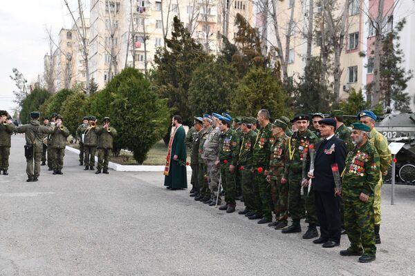 Ветераны Афганской войны на Дне памяти воинов-интернационалистов - Sputnik Таджикистан