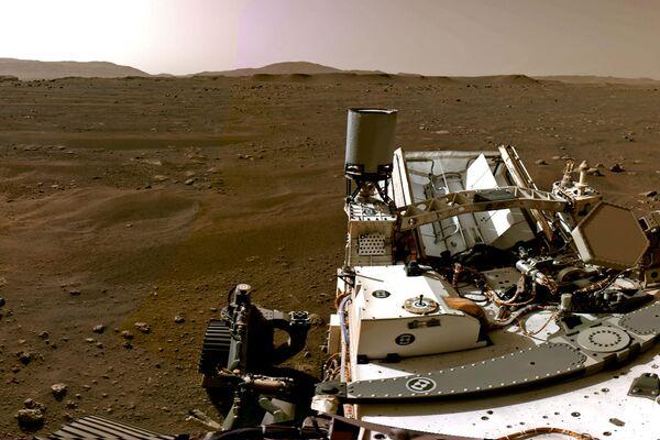 Марсианский пейзаж, снятый марсоходом Perseverance - Sputnik Таджикистан