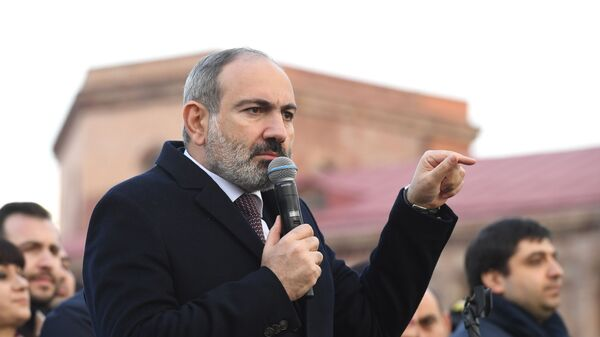 Премьер-министр Никола Пашинян - Sputnik Тоҷикистон
