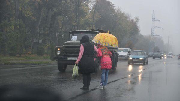 Дождливый день, архивное фото - Sputnik Тоҷикистон