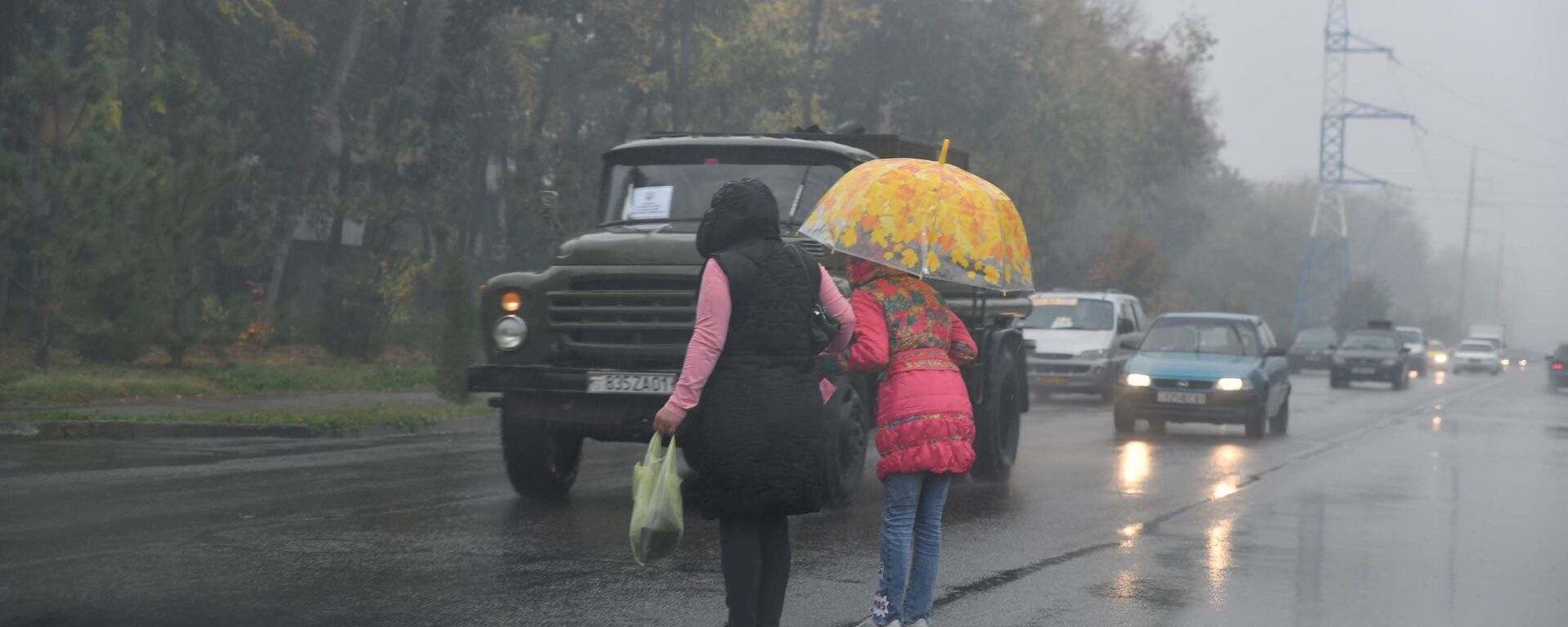Дождливый день, архивное фото - Sputnik Таджикистан, 1920, 17.06.2021