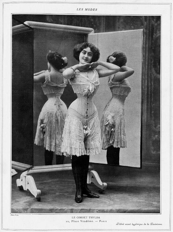 Реклама корсета, опубликованная в журнале  Les Modes в октябре 1908 года - Sputnik Таджикистан