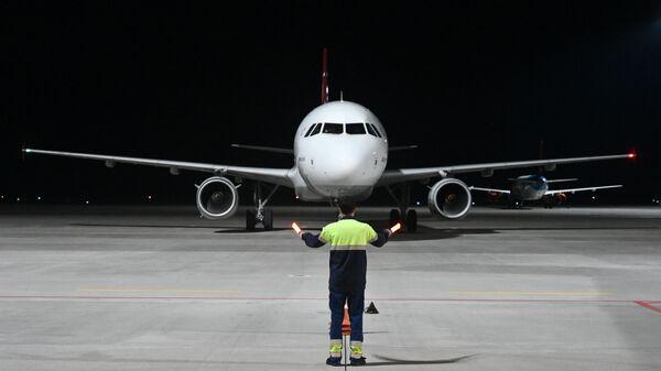 Возобновление международных рейсов - Sputnik Таджикистан