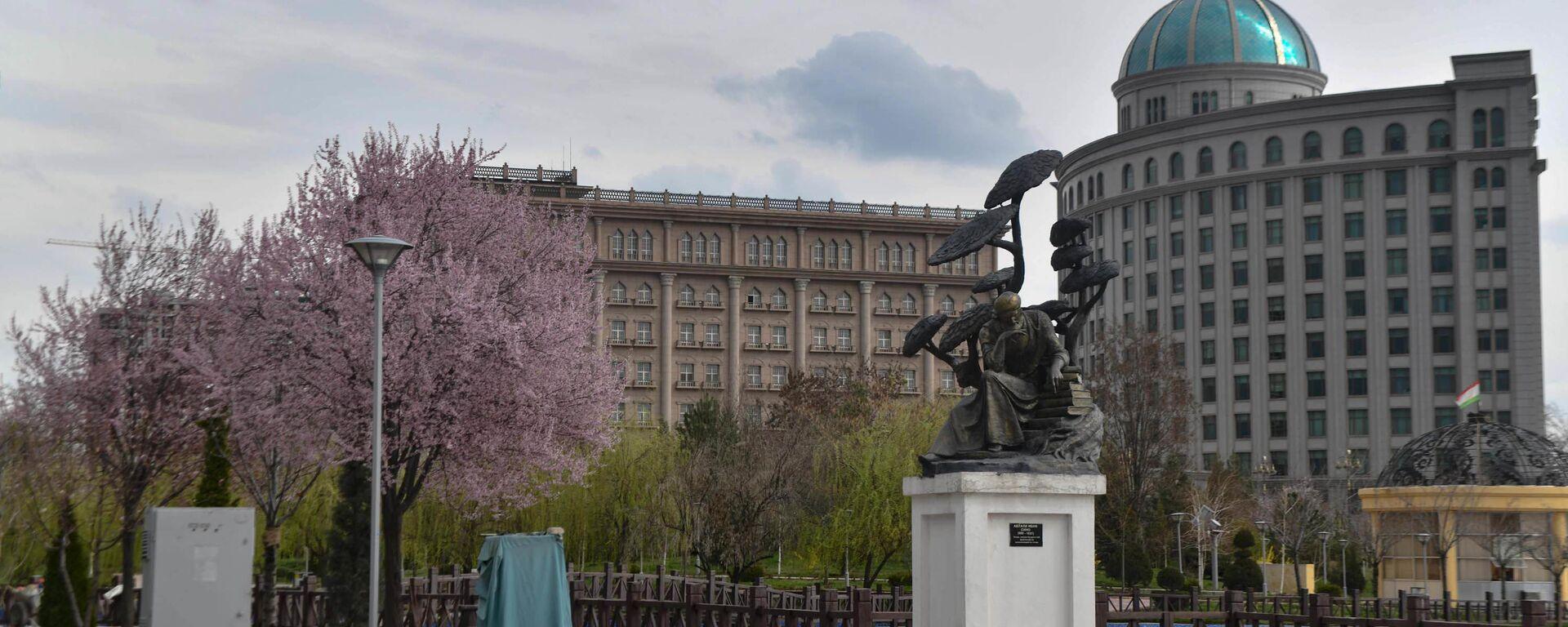 Здание Хукумата и МИД - Sputnik Таджикистан, 1920, 19.05.2021