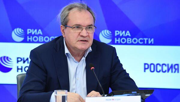 Председатель Совета при Президенте Российской Федерации по развитию гражданского общества и правам человека Валерий Фадеев  - Sputnik Таджикистан