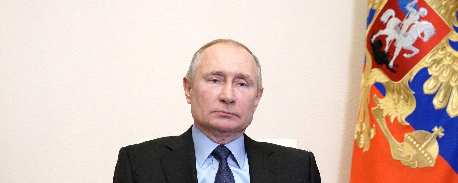 Президент РФ В. Путин - Sputnik Таджикистан, 1920, 15.06.2021