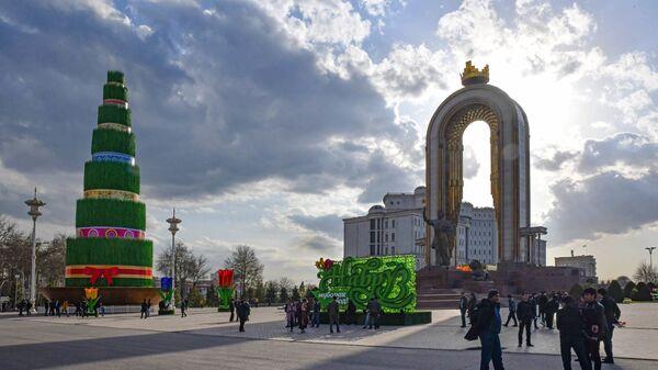 Площадь Дусти в Душанбе - Sputnik Таджикистан